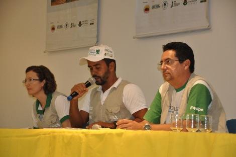 Da esq. p/ dir.: Professora Solange Dombroski (Ufersa), Fábio Santiago, coordenador do Projeto Bioágua; e Robson Passos, da ATOS.